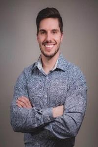 Dr. Yannick Schultz